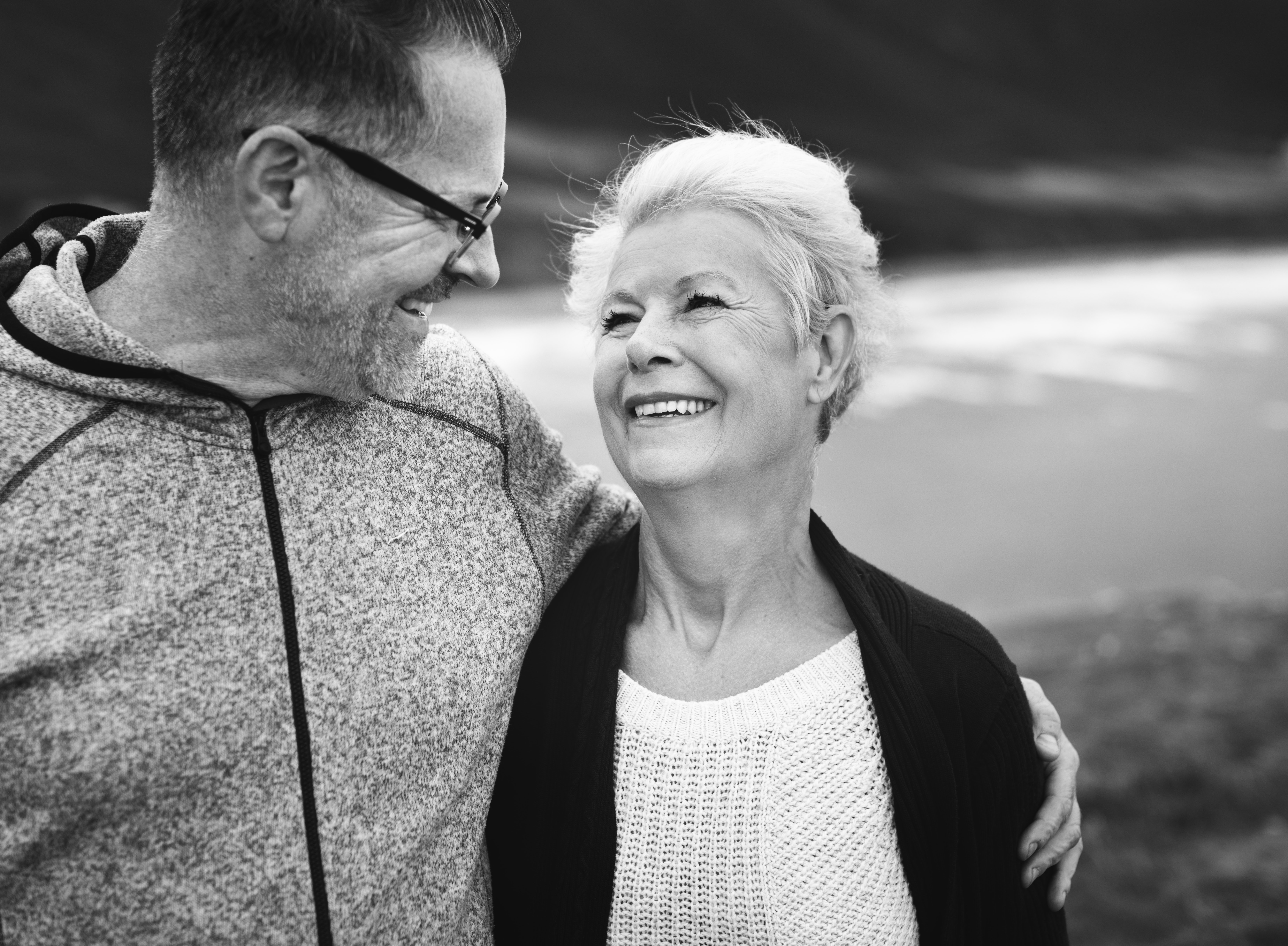 5 Tips to make your Teeth last a Lifetime | Dr. Martin | Dental Tourism Slovakia